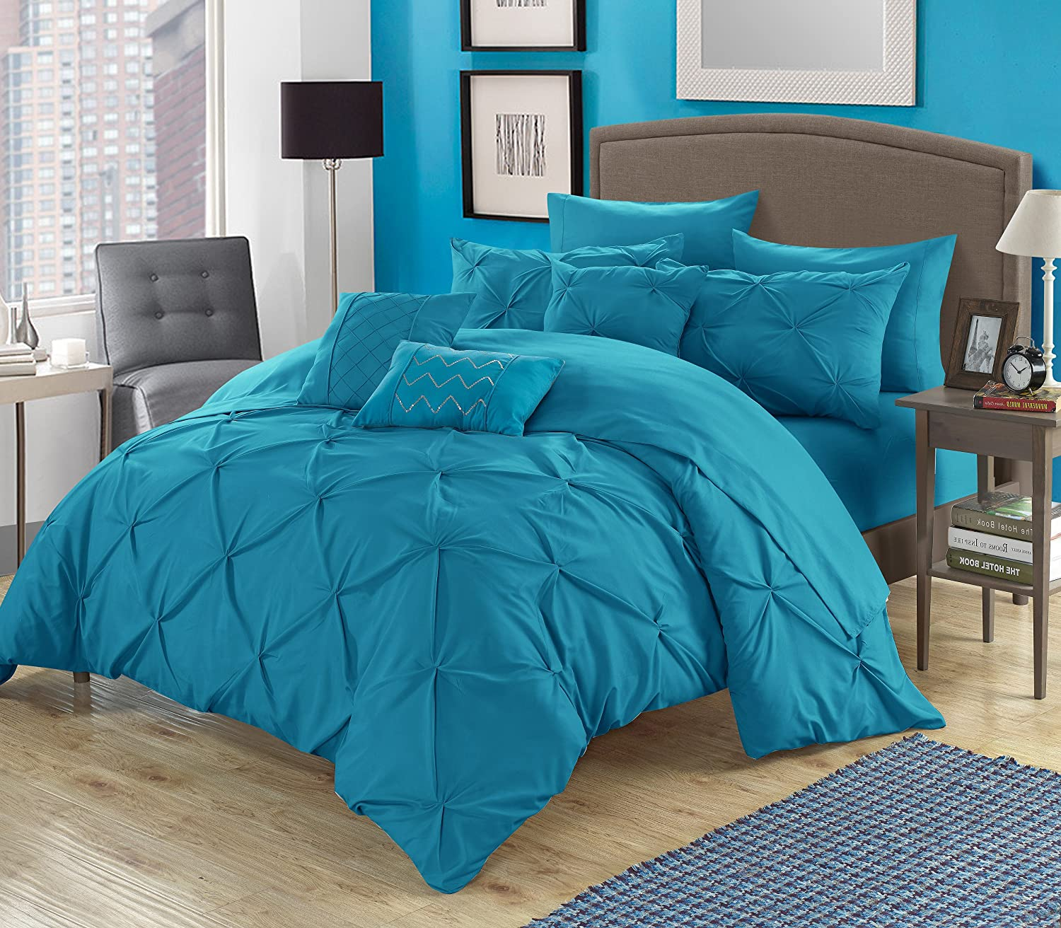 Amazon com perfect home 10 piece zita pinch pleated ruffled and pleated complete queen bed in a bag comforter set turquoise home kitchen