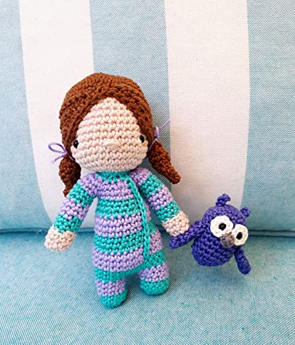 Sleepy Doll Amigurumi Free Crochet Pattern | 500x428