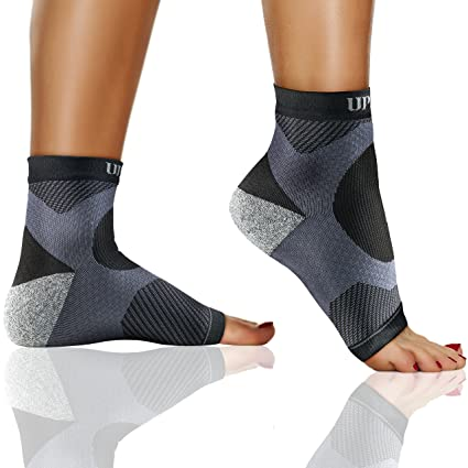 594270f18e Plantar Fasciitis Sock, Ankle Compression Sleeve Brace, Socks for Men and  Women. Arch and Heel Spurs Support. Great for Runners, Sprained Ankle, ...