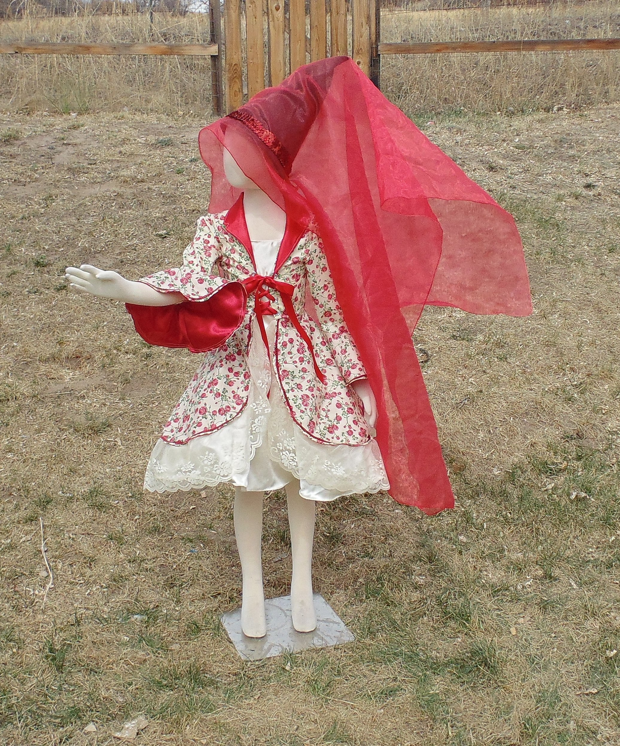 Girls 6-8 4 piece Cream and Roses Princess with Hat and attached Veil