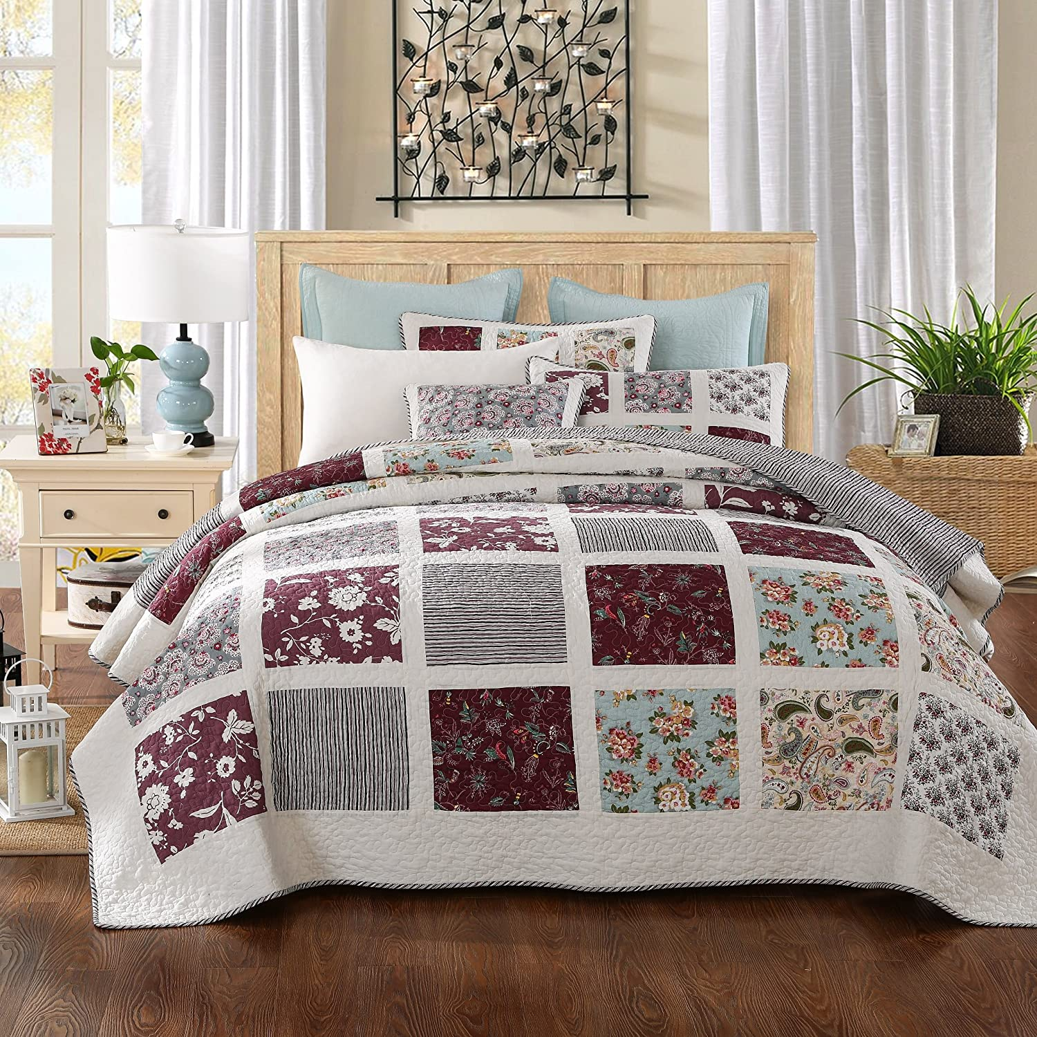 DaDa Bedding Festive Merlot Burgundy Bohemian Reversible Cotton Real Patchwork Quilted Coverlet Bedspread Set