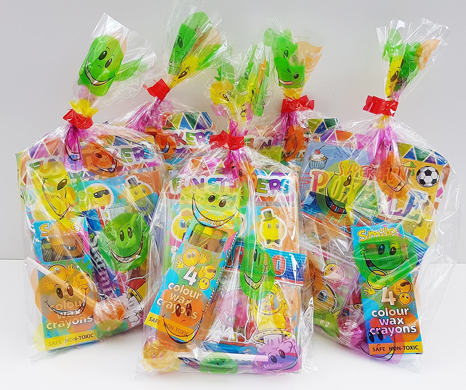 40 x Children/'s Pre Filled Party Bags Birthday Wedding Favours Treats Toys