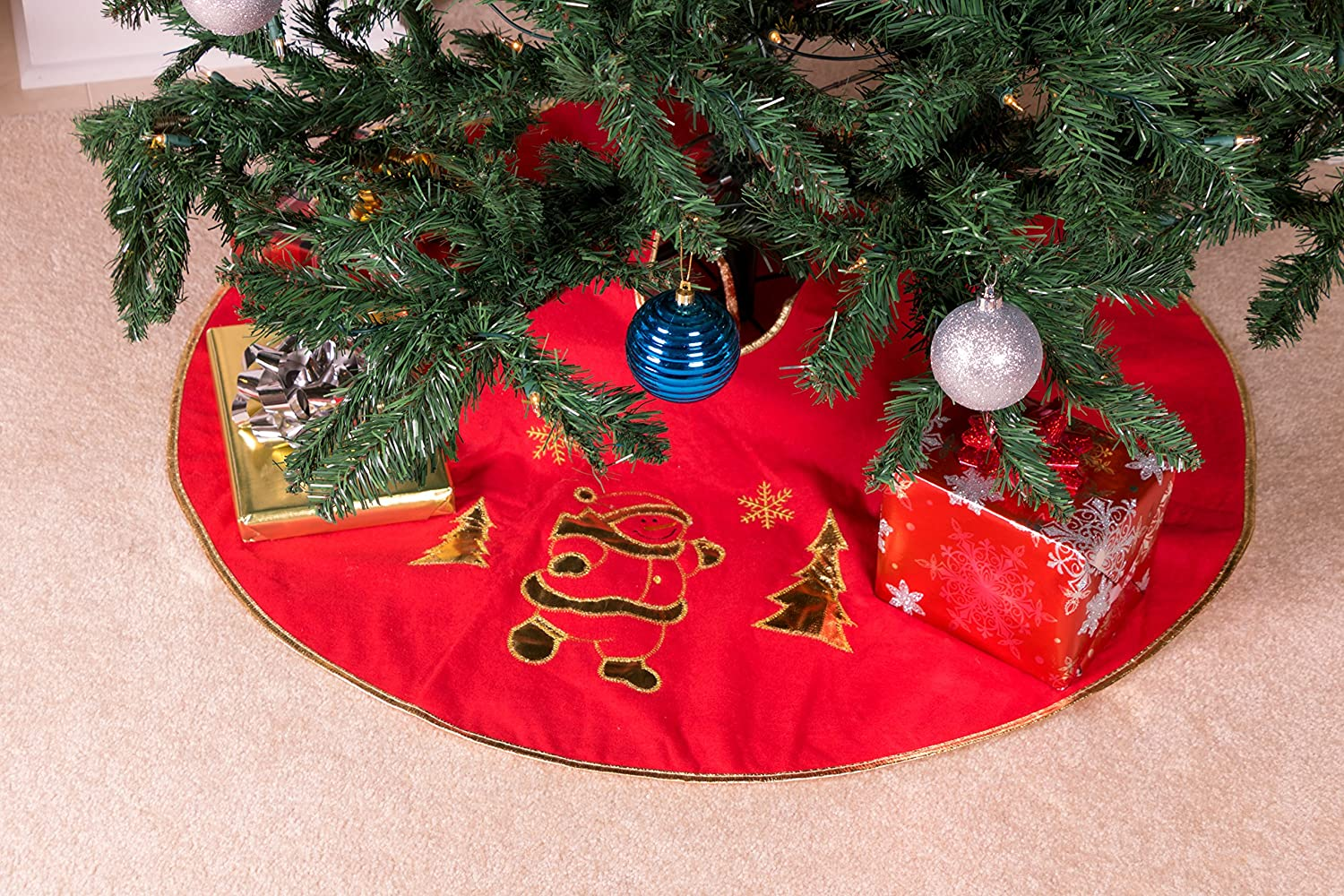 Red and White Snowman and Trees Christmas Design Christmas Tree Needle Catching Ornamental Under The Tree Cloth Floor Skirt Measures 39 Diameter Perfect for Any Size Tree