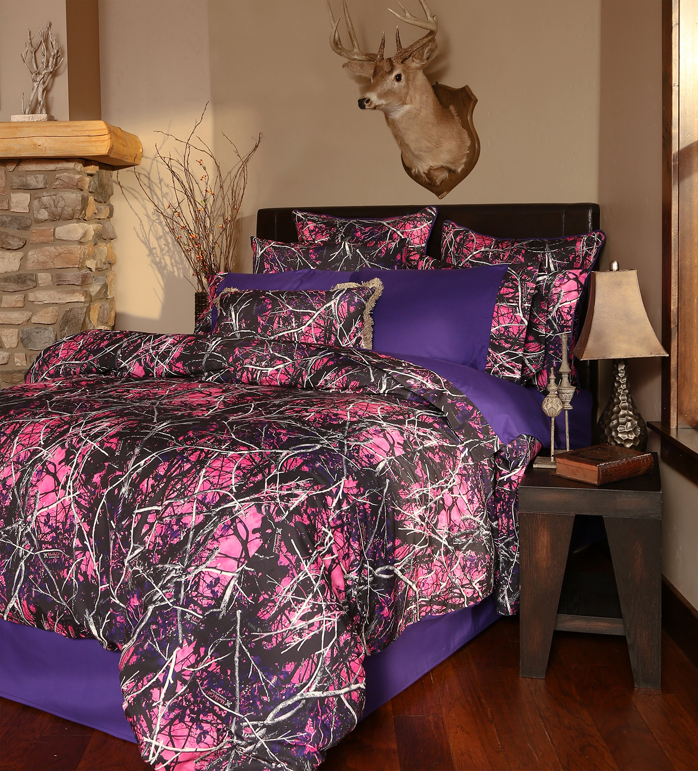 Carstens Muddy Girl Camo 4 Piece Comforter Bedding Set, King by Carstens