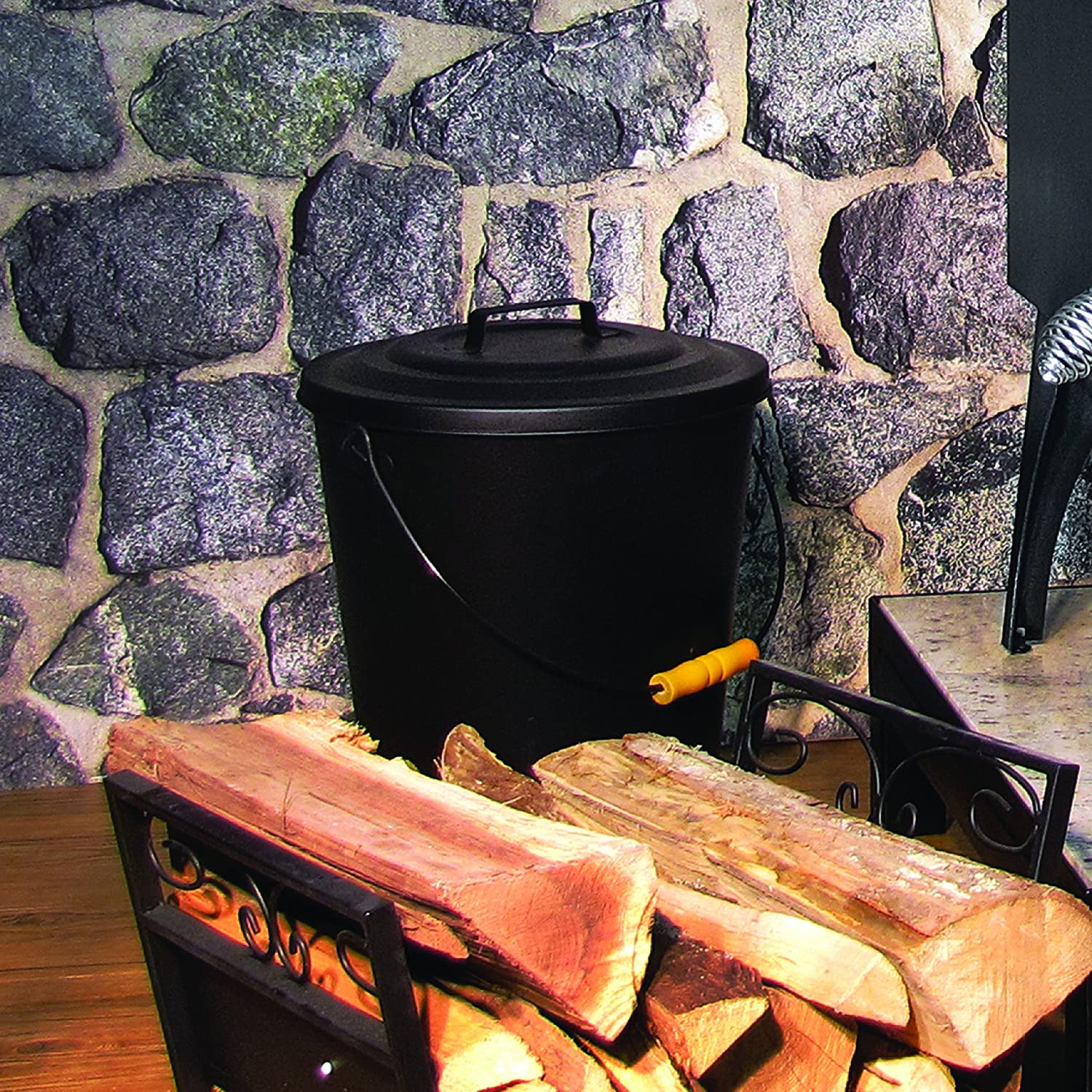 amazon com pleasant hearth fireplace ash bucket with lid home