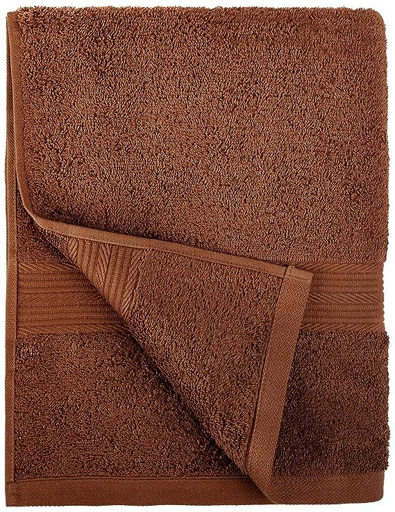 AmazonBasics - Juego de toallas (colores resistentes, 2 toallas de baño), color marrón: Amazon.es: Hogar