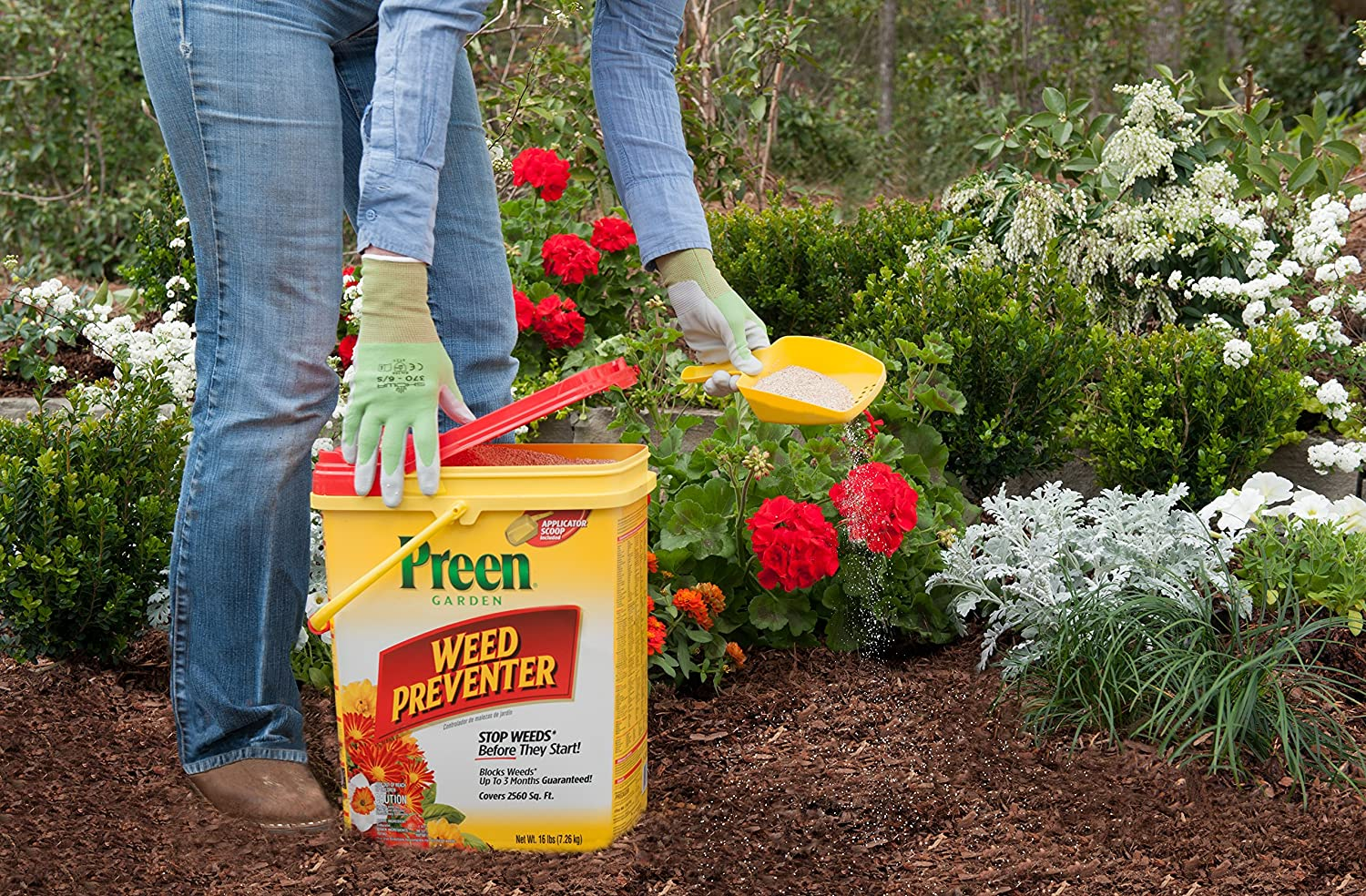 Stop weeds in flower beds - Amazon Com Preen Garden Weed Preventer 16 Lb Pail Covers 2560 Sq Ft Preen Southern Weed Preventer Garden Outdoor