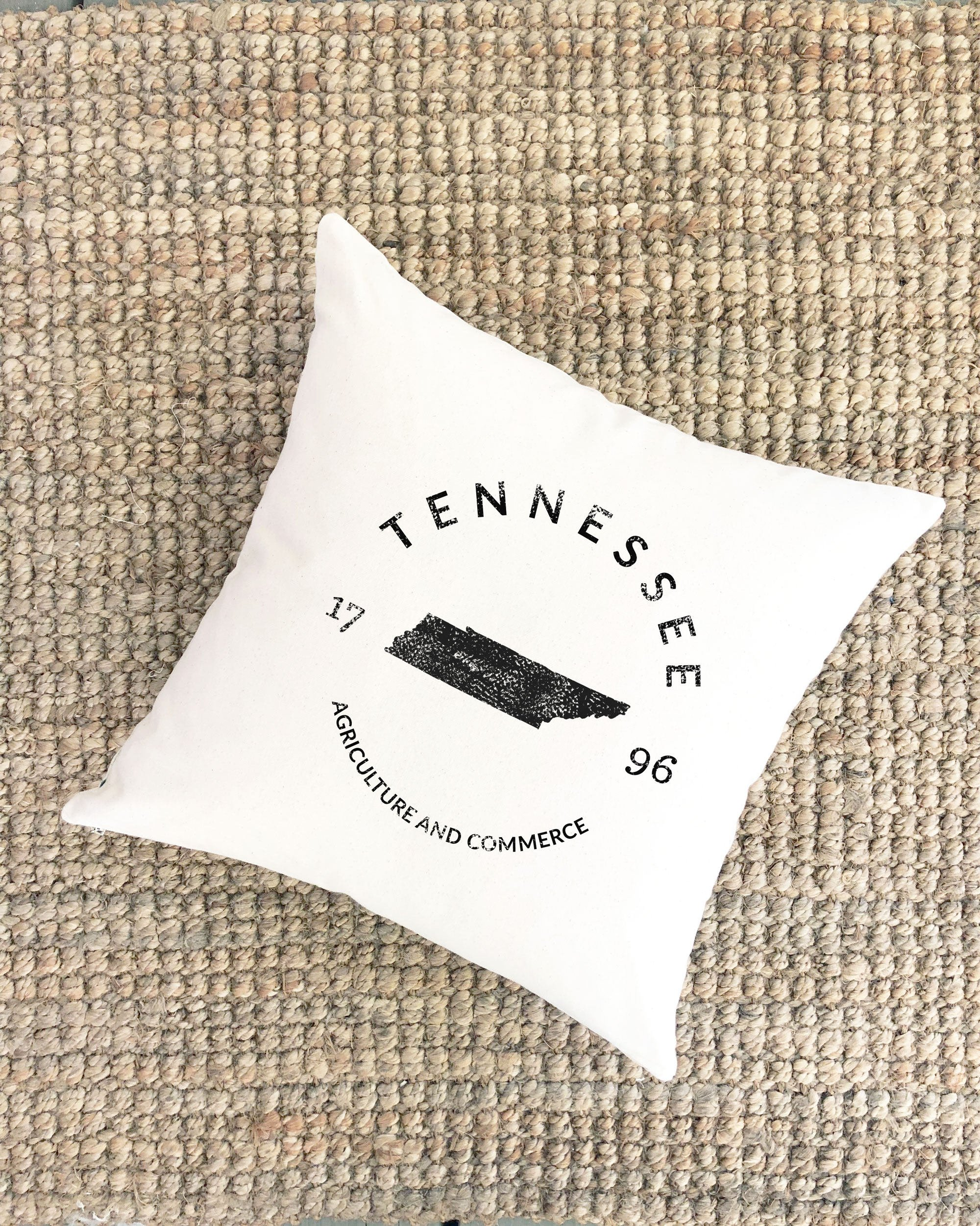 Pillow Cover Tennessee State Housewarming Gift Cabin Lakehouse Modern Farmhouse Gift College Graduation Gift for Grad