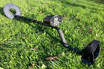 Kit: H//Phones Batts /& Pick Visua VSEZMD Lightweight Metal Detector with LED Object Detection Light and Easy Read Analogue Display.