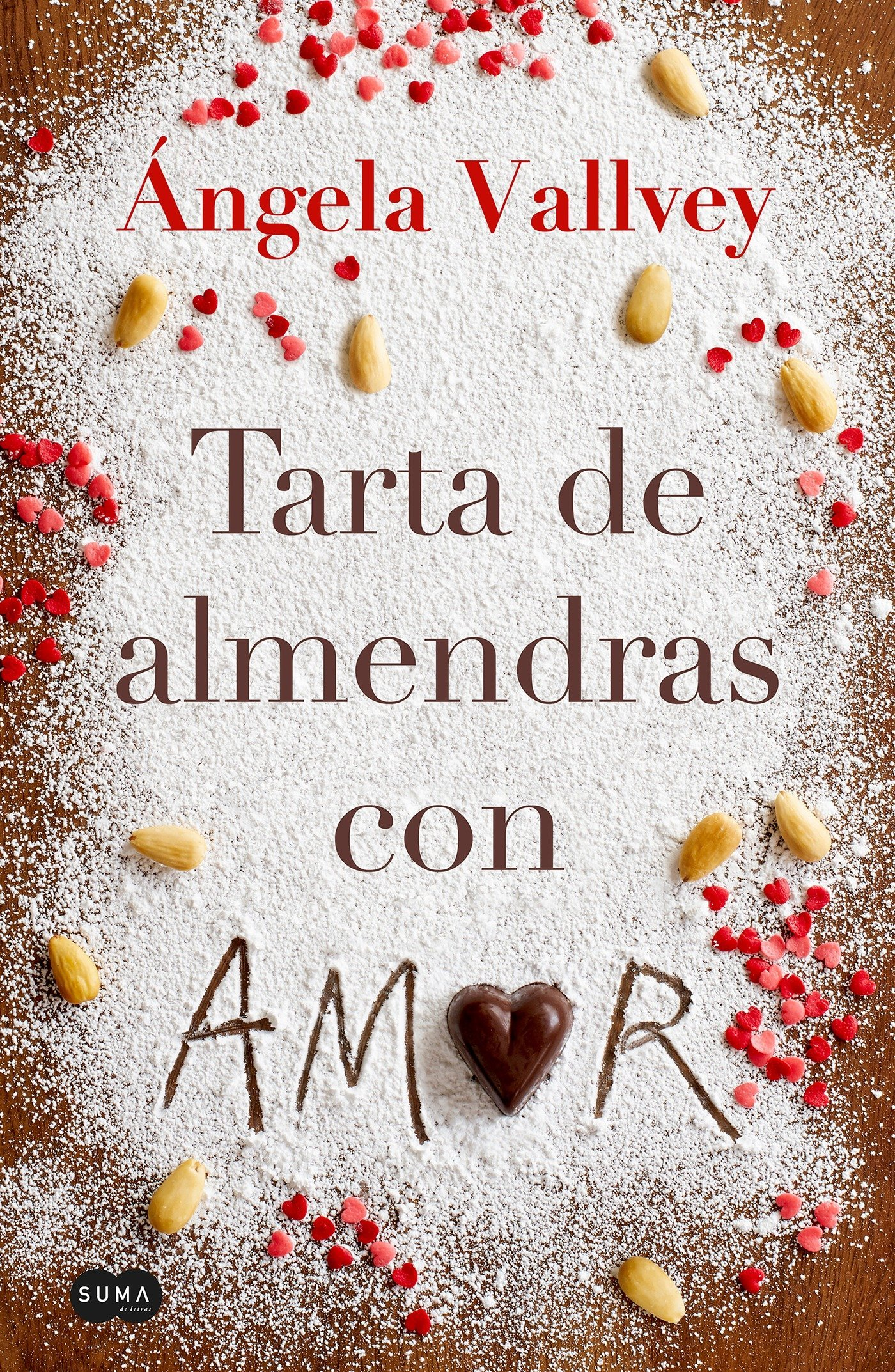 Tarta de Almendras con amor / Almond Cake With Love (Spanish Edition): Angela Vallvey: 9788491290971: Amazon.com: Books