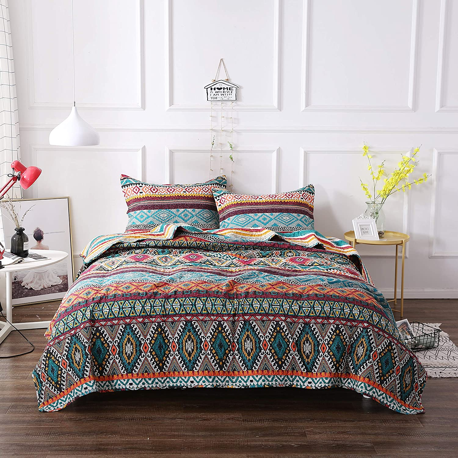 Amazon.com: DaDa Bedding Southwestern Aztec Bedspread - Bohemian Desert  Tribal Quilted Set - Bright Vibrant Multi Colorful Diamond - Queen -  3-Pieces: Home ...