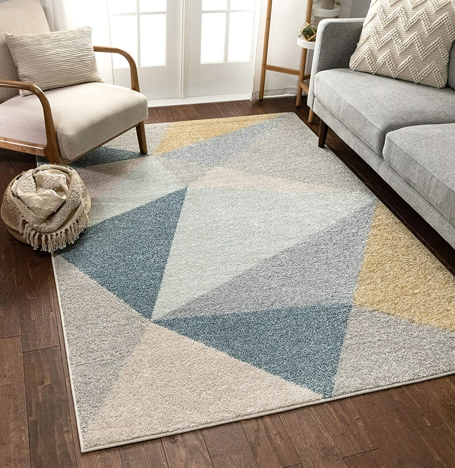 Amazon Com Well Woven Easton Modern Abstract Geometric Triangles Blue Gold Grey Area Rug 5x7 5 3 X 7 3 Home Kitchen