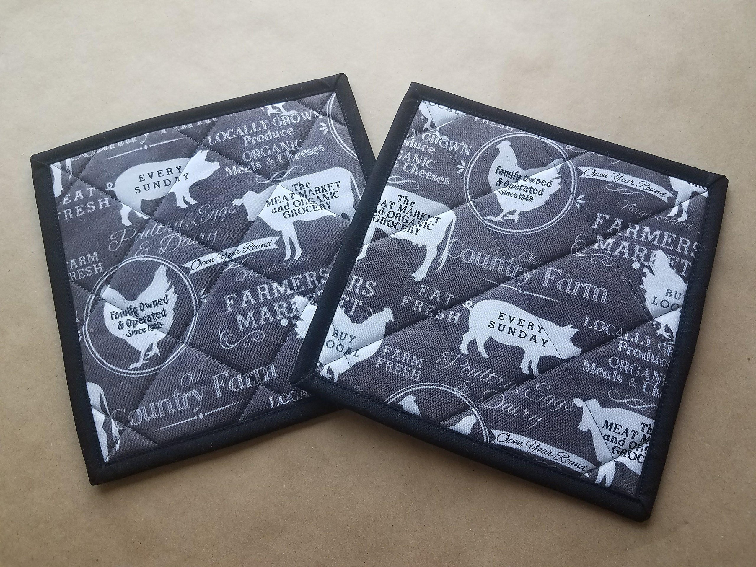 Set of 2 Grey and Black Farmer's Market Chalkboard Themed Potholders, Pig, Cow, Chicken, Organic, Grocer, Farmer's Market, Country Home Decor, Farmhouse Kitchen Linens, Trivet, Hot Pad