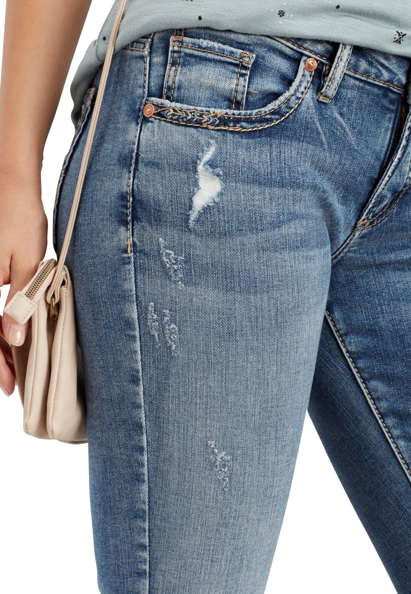 Silver Jeans Co. Women's Sam Medium Wash Boyfriend Jean 30 Medium Sandblast