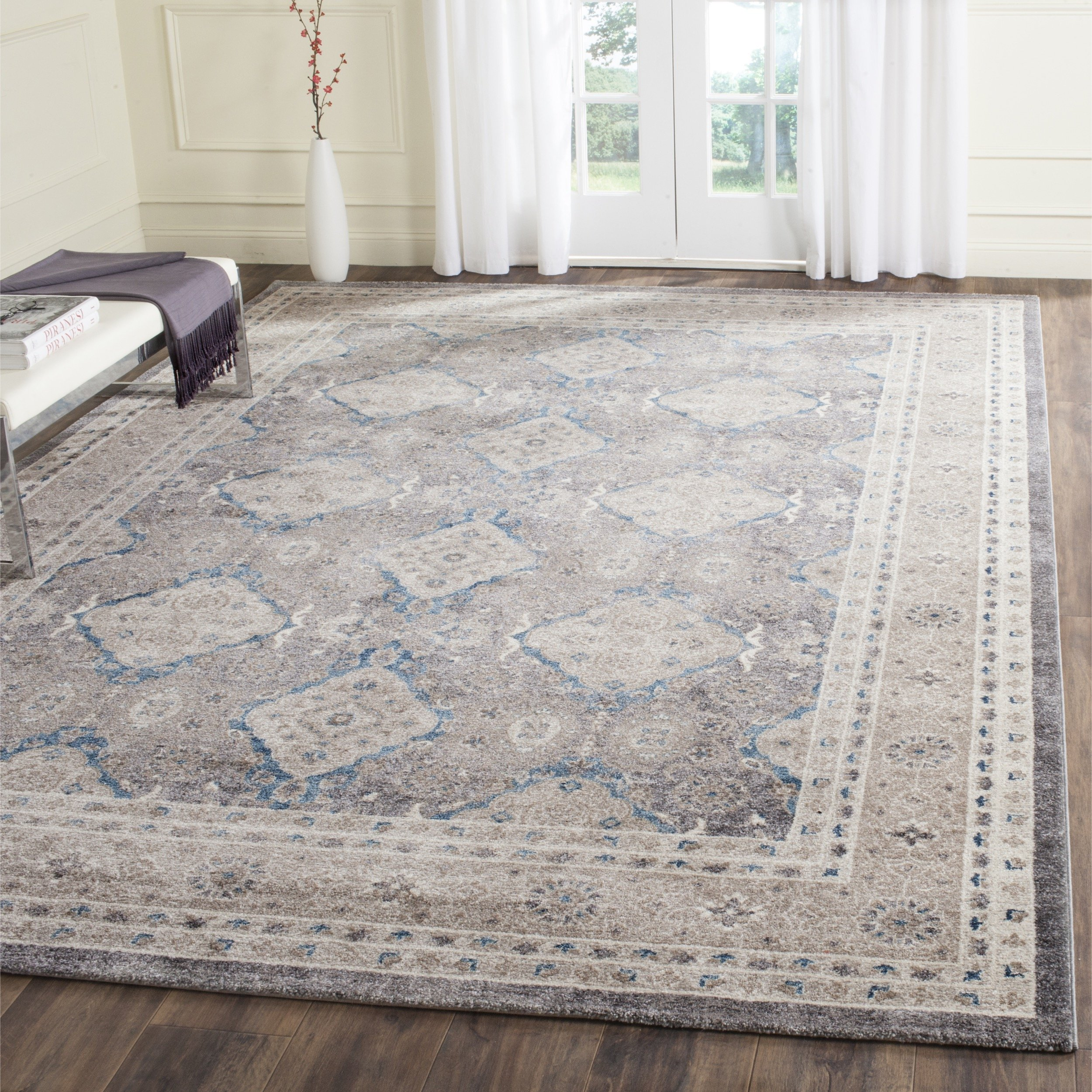 Safavieh Sofia Collection SOF366B Vintage Light Grey and Beige Distressed Area Rug (6'7'' x 9'2'') by Safavieh