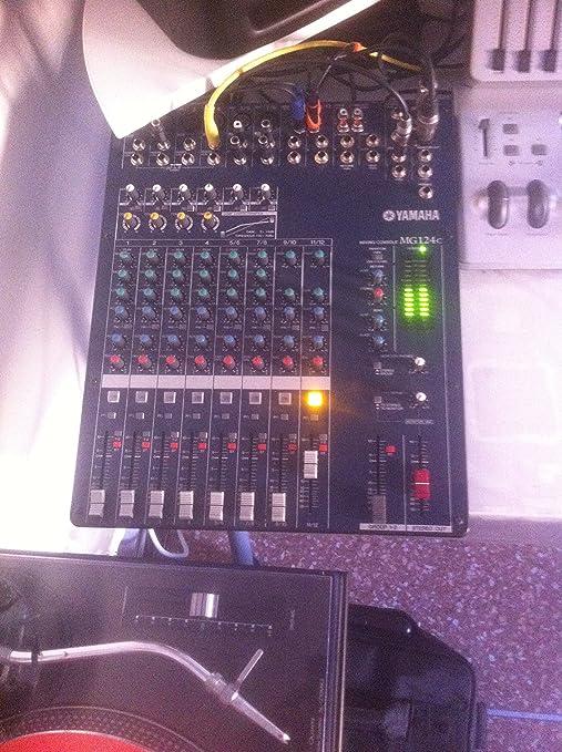 Yamaha MG124C - Mesa de mezcla (12 canales): Amazon.es ...