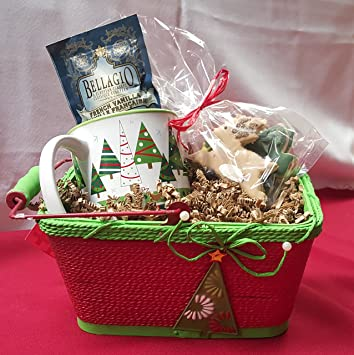 Amazon holiday gift basket with gluten free christmas holiday gift basket with gluten free christmas cookies hot cocoa mix and mug 8 negle Images