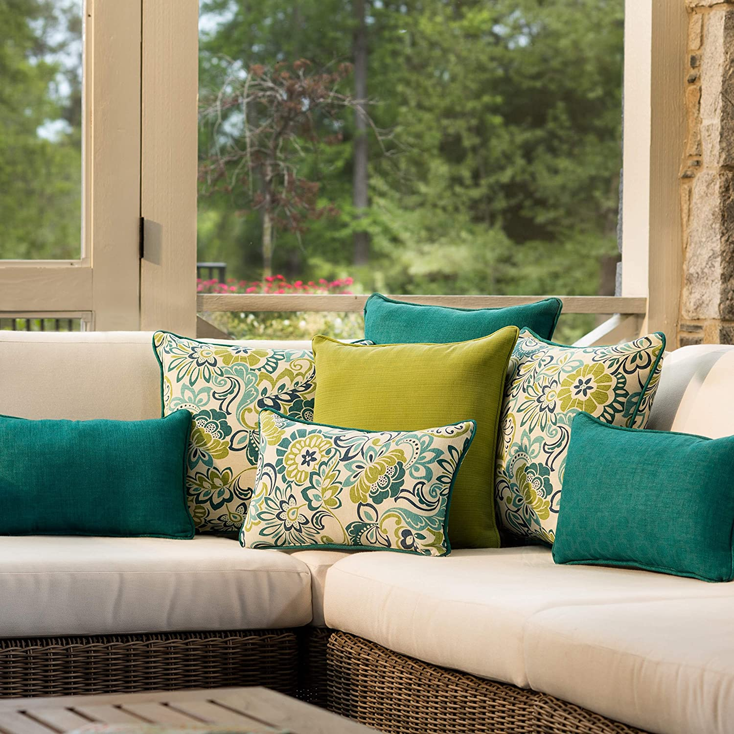Pillow Perfect Outdoor Indoor Zoe Mallard Throw Pillow Set of 2 , 18.5