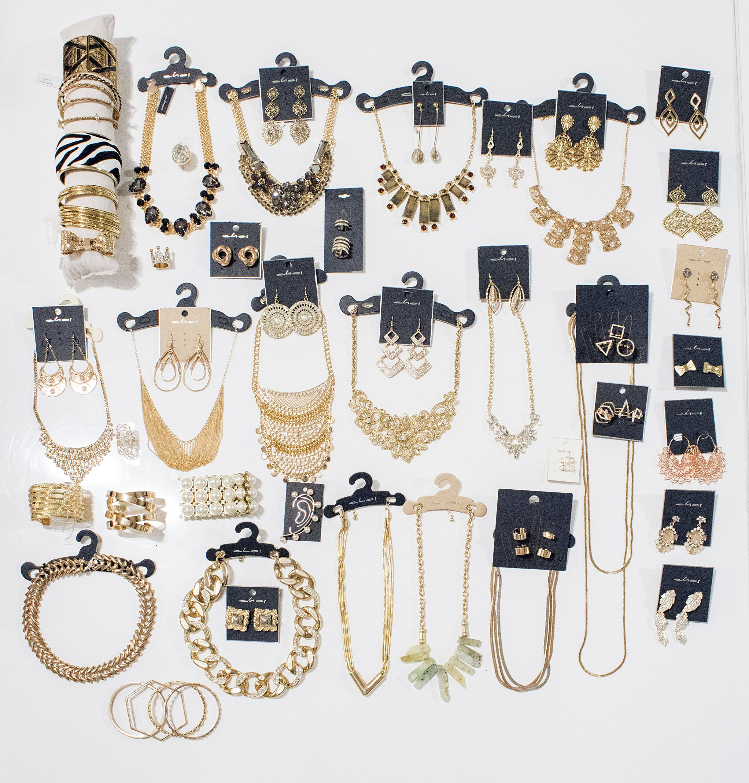 Choice by Choi Fashion Jewelry Assorted Gold & Silver, Bulk for Wholesale, Assorted Bracelet, Necklace, Earrings, Rings & Strand made of Zinc, Steel, Brass by (100 PCS Assorted) by Choice by Choi (Image #4)
