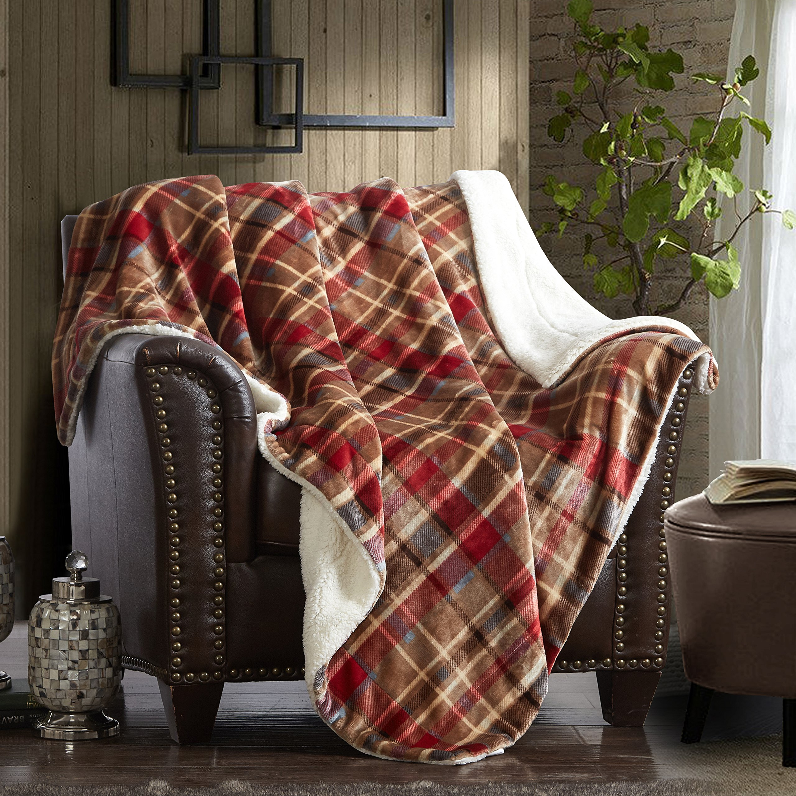MERRYLIFE Decorative Sherpa Throw Blanket Ultra-Plush Comfort   Soft, Colorful   Home, Couch, Outdoor, Travel Use (60'' 70'', LOVE URBAN)