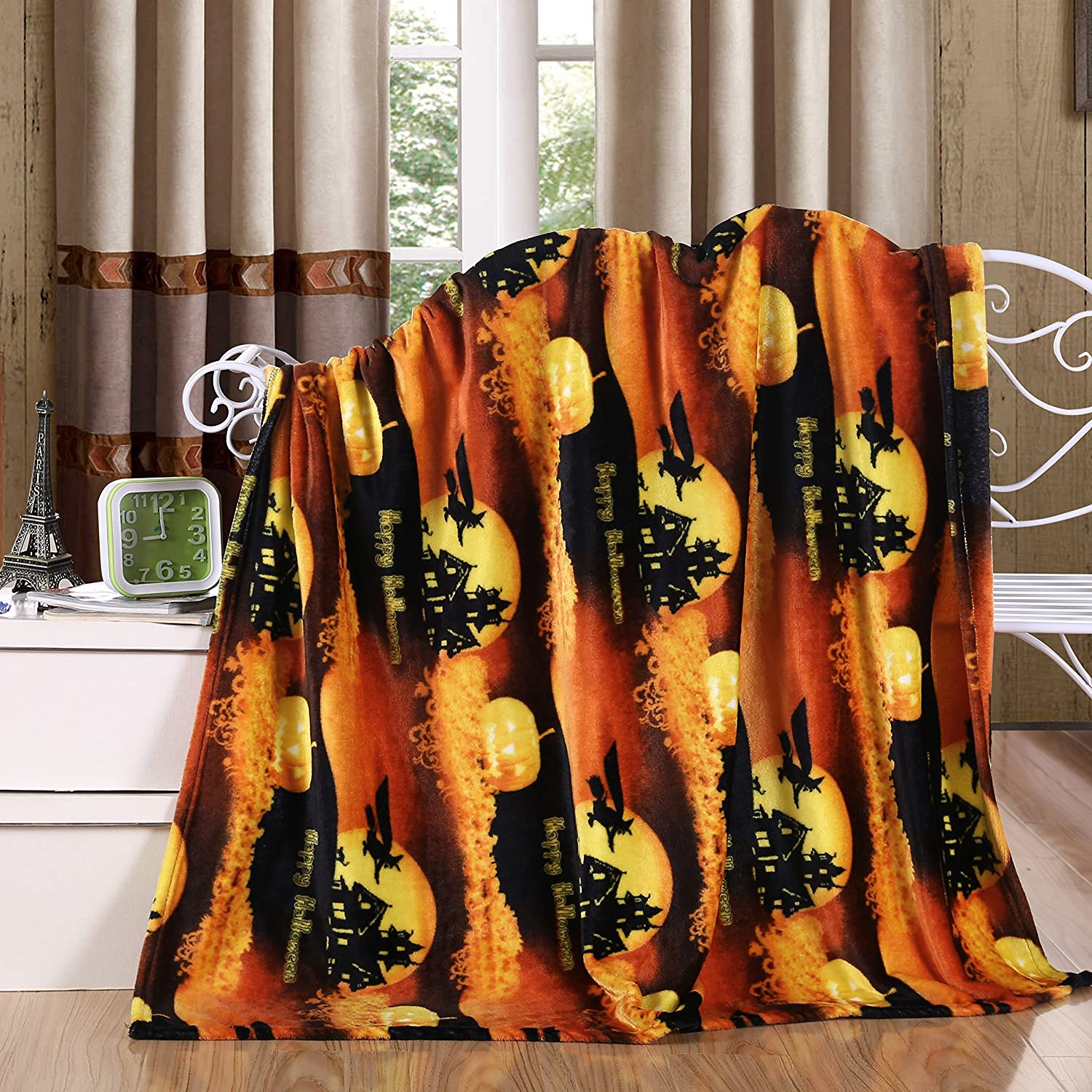 Halloween Throw Blanket, Soft & Plush