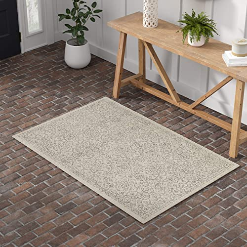 Stone Beam Contemporary Floral Medallion Wool Rug, 4 x 6 , Grey on Ivory