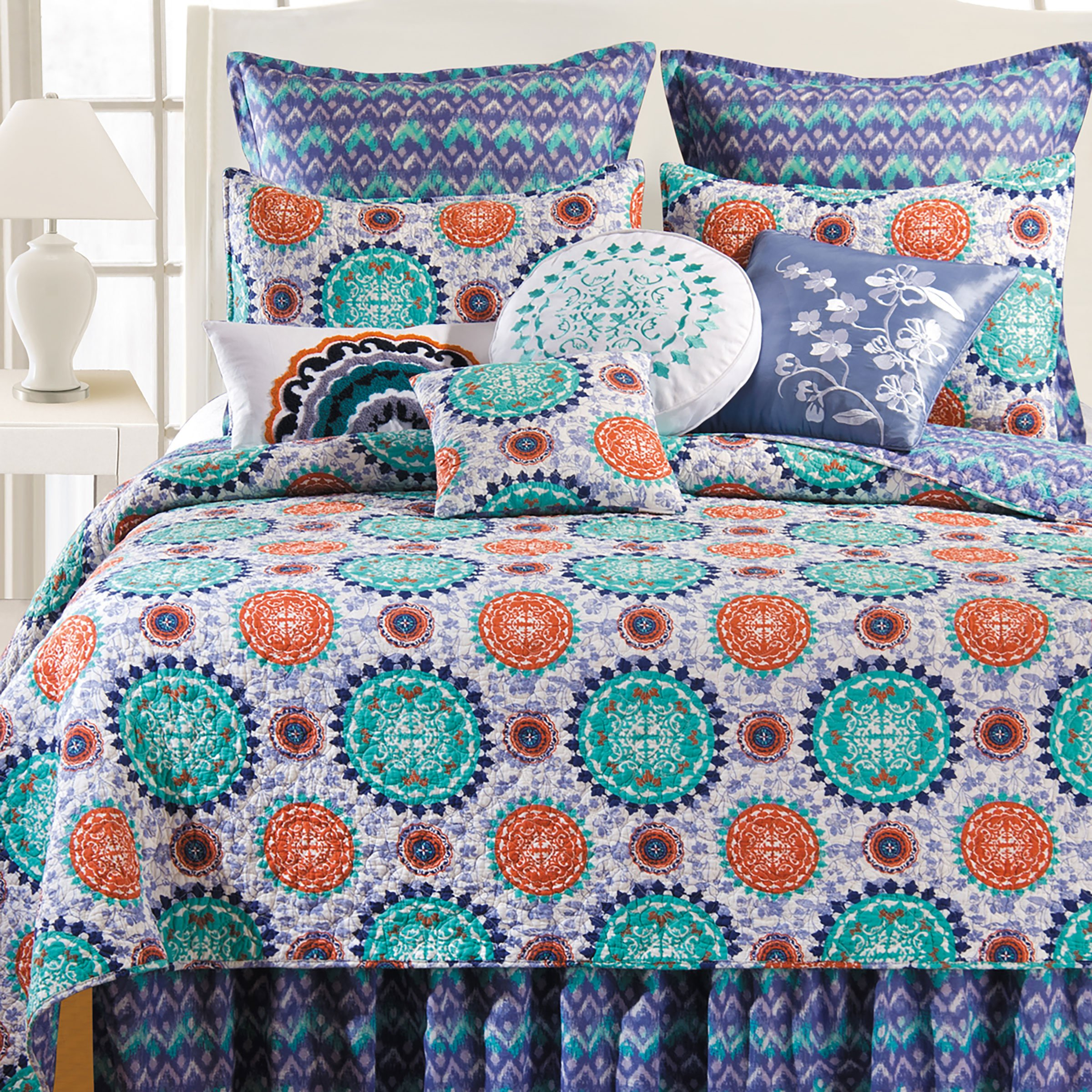 Zarina Quilt (King Quilt 109''x92'') by C&F Home