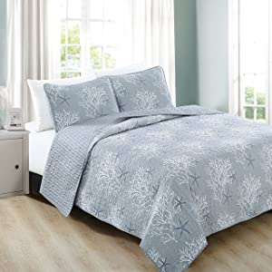 Home Fashion Designs 3-Piece Coastal Beach Theme Quilt Set with Shams. Soft All-Season Luxury Microfiber Reversible Bedspread and Coverlet. Fenwick Collection Brand. (King, Pearl Blue)