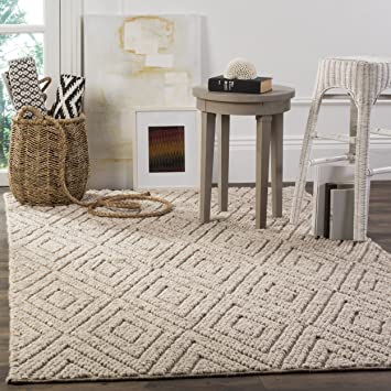 Amazon Com Safavieh Natura Collection Nat623b Hand Woven Beige Wool