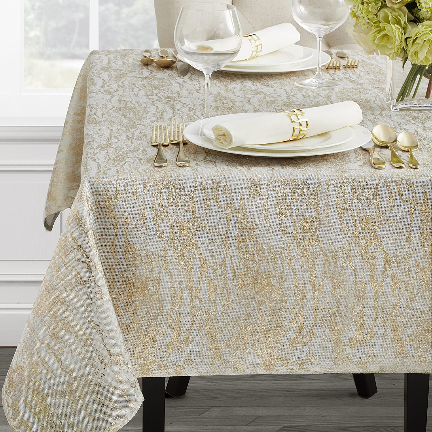 Benson Mills Harvest Legacy Damask Tablecloth (Gold, 60
