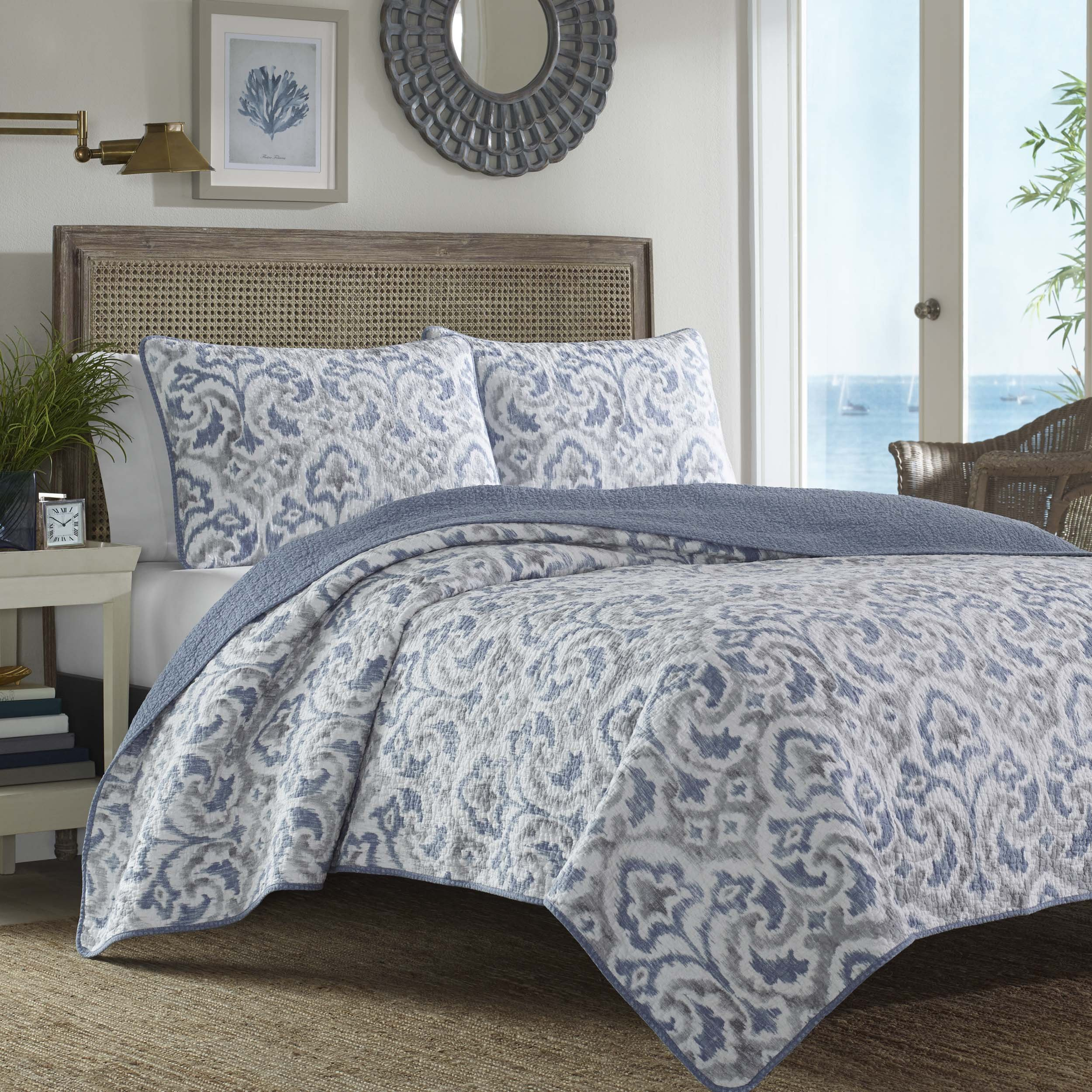 Tommy Bahama Cape Verde Smoke Quilt Set, King, Smoke