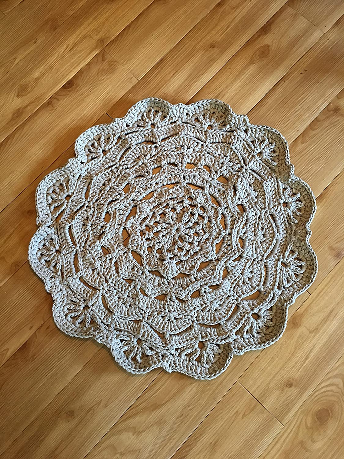 Amazon Kays Crochet Giant Doily Rug In Grey Cottage Chic Rug