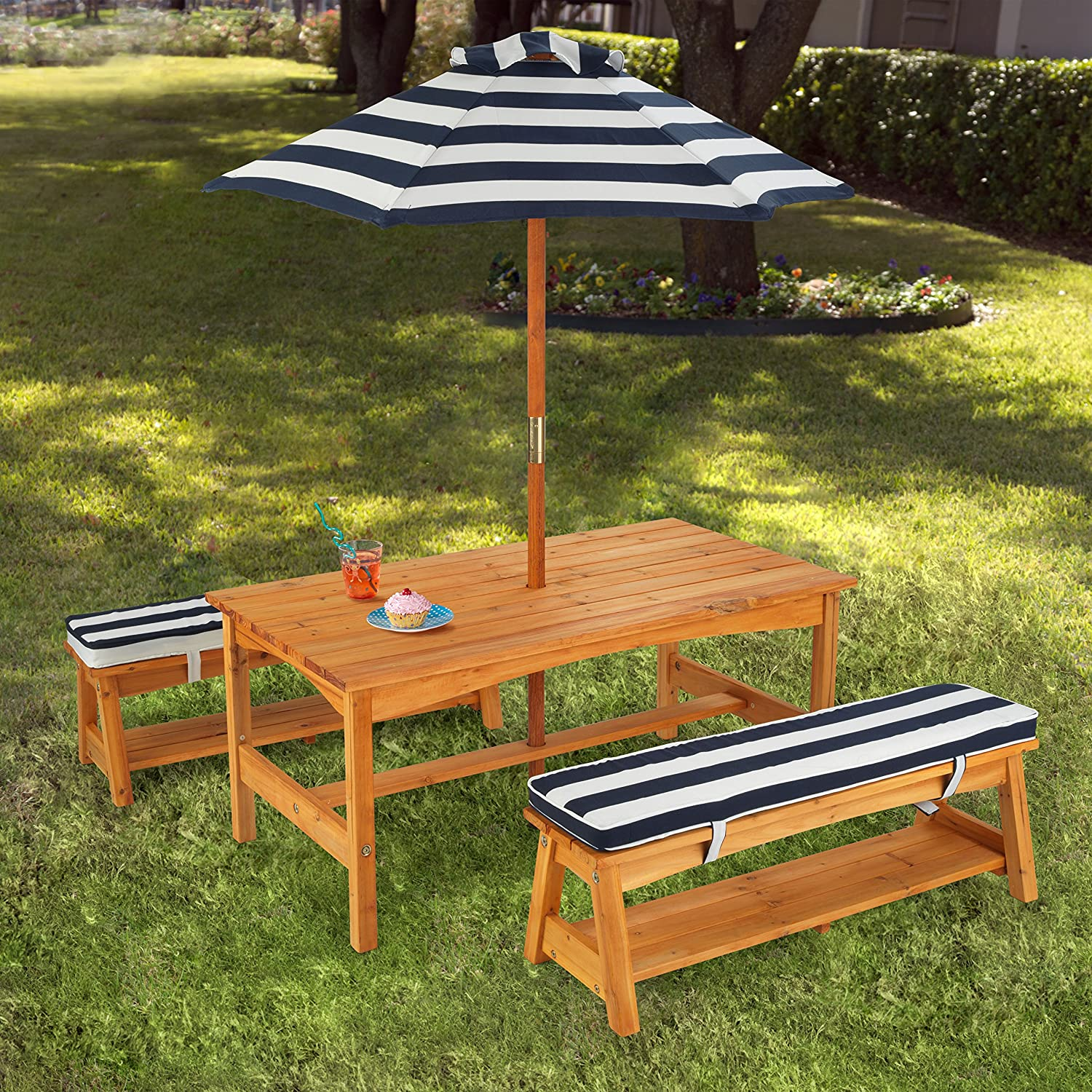 amazoncom kidkraft outdoor table and chair set with cushions and navy stripes toys games