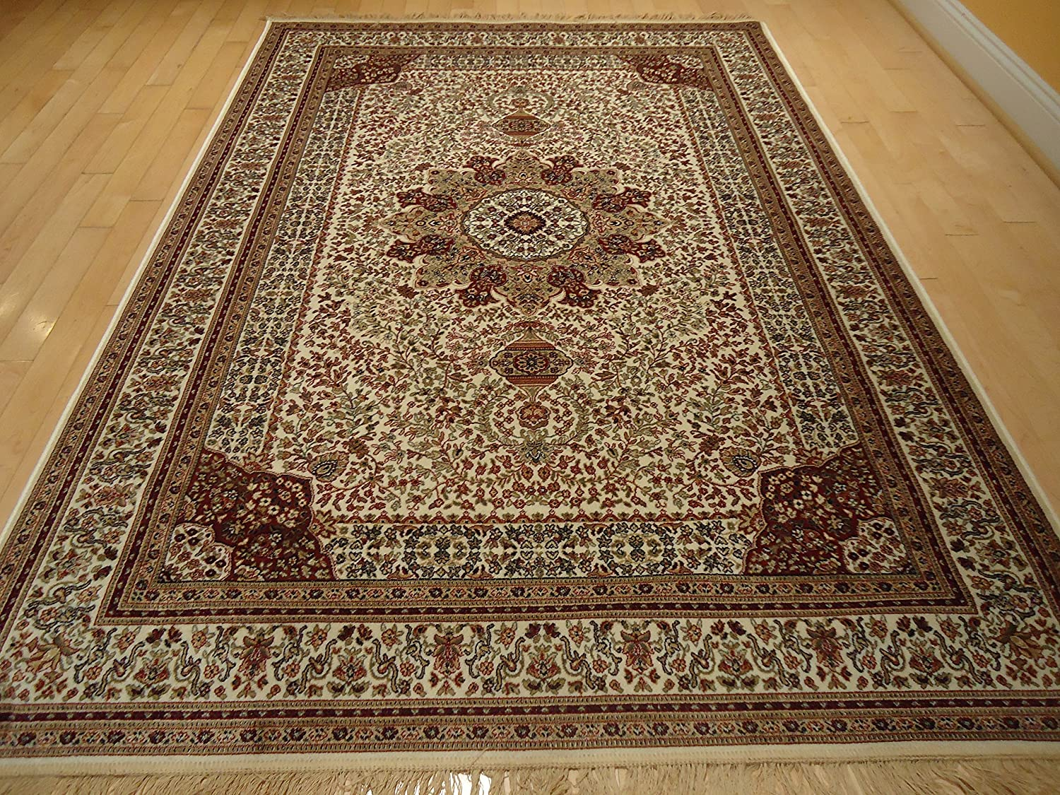 Amazon.com: Silk Ivory Rugs Persian Tabriz Rug 7x10 Living Room Rugs  Traditional Luxury 6x9 Area Rugs Living Room Carpet White Area Rugs (Large  7'x10'): ...