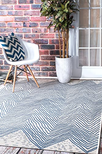 nuLOOM Wavy Chevron Indoor/Outdoor Area Rug