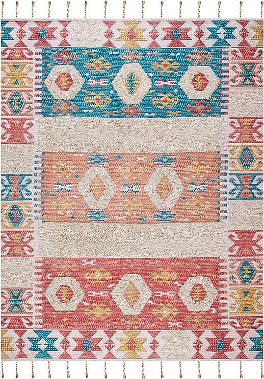 Amazon Com Safavieh Saffron Collection Sfn105p Handmade Moroccan Boho Tassel Wool Area Rug 8 X 10 Rust Beige Furniture Decor