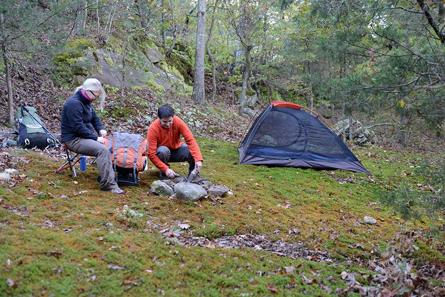 Amazon.com  ALPS Mountaineering Zephyr 2 Backpacking Tent  Sports u0026 Outdoors & Amazon.com : ALPS Mountaineering Zephyr 2 Backpacking Tent ...