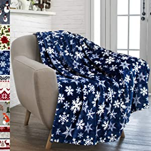 PAVILIA Christmas Throw Blanket   Navy Snowflake Christmas Fleece Blanket   Soft, Plush, Warm Winter Cabin Throw, 50x60 (Navy/White Snowflake)