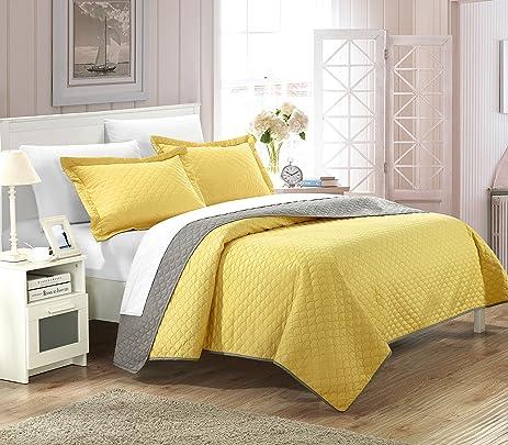 Amazon.com: Chic Home 3 Piece Teresa Reversible Color Block Modern ... : modern quilt set - Adamdwight.com