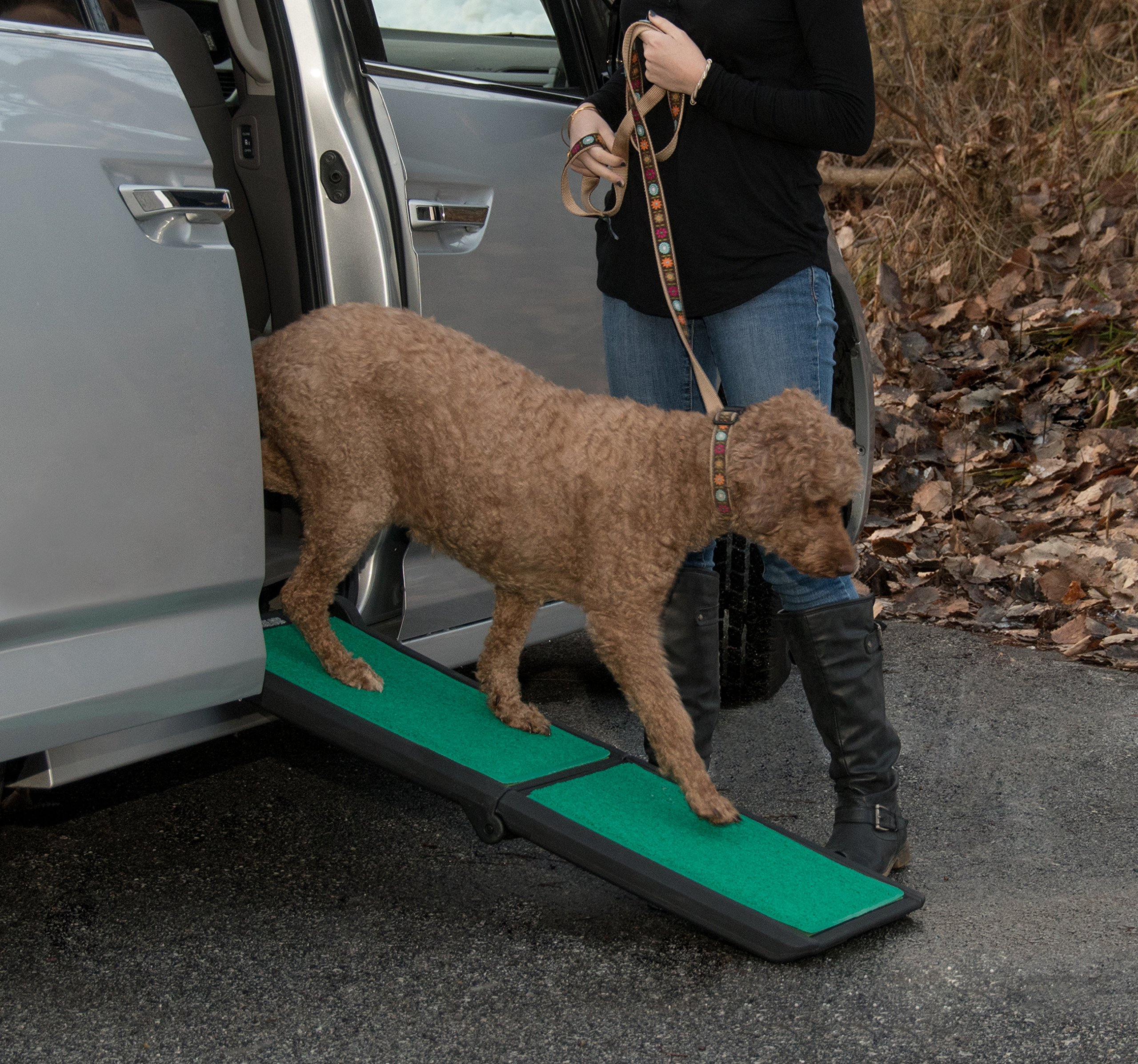 Pet Gear Travel Lite Ramp with supertraX Surface for Maximum Traction, 4 Models to Choose from, 42-71 in. Long, Supports 150-200 lbs, Find The Best Fit for Your Pet 2