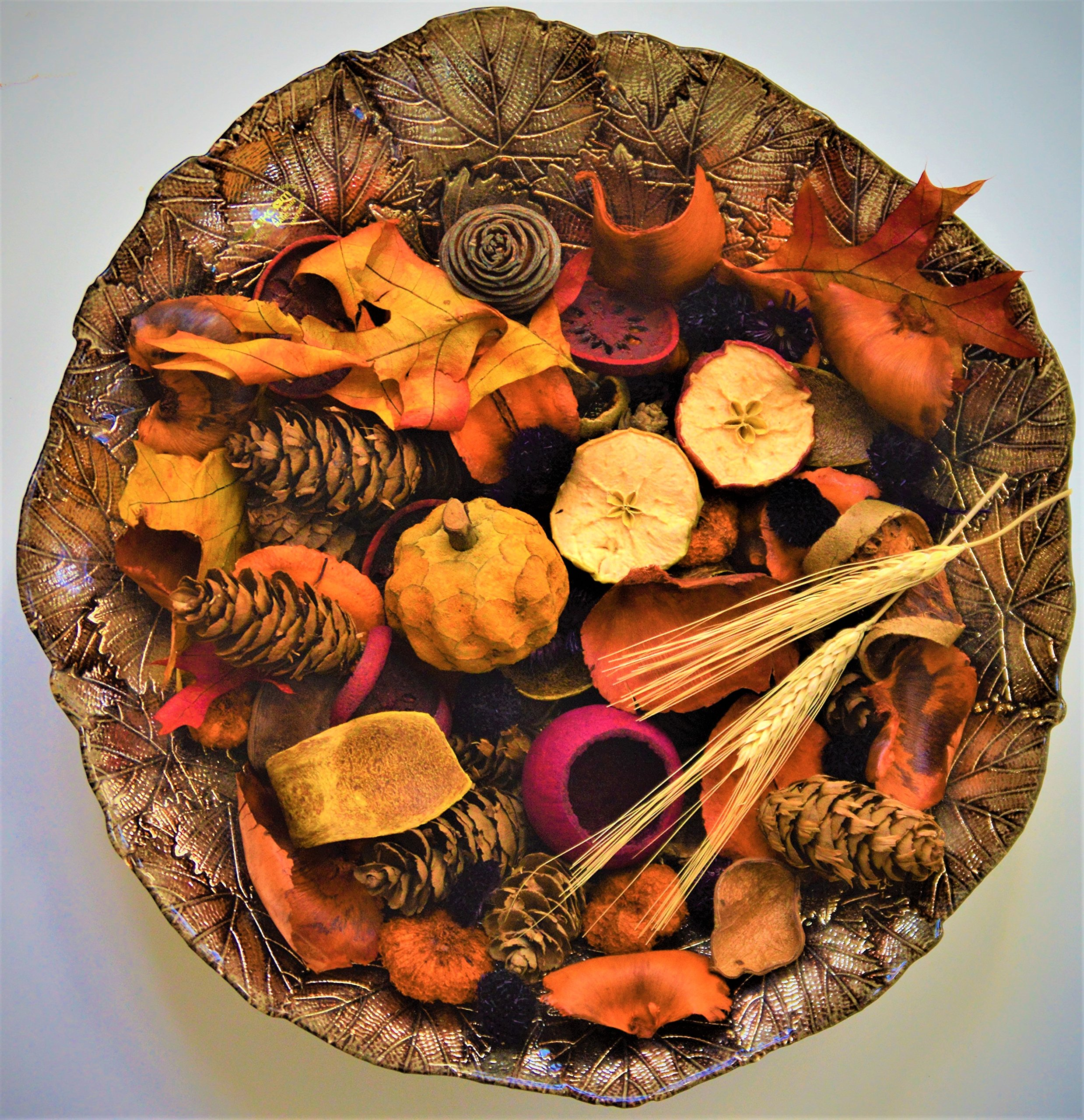 Manu Home Autumn Harvest Potpourri ~12 oz Potpourri Bag filled with the Fresh scent of our exclusive Fall Festival AppleTart fragrance ~ Made with Beautiful natural botanicals and Essential Oils by Manu Home