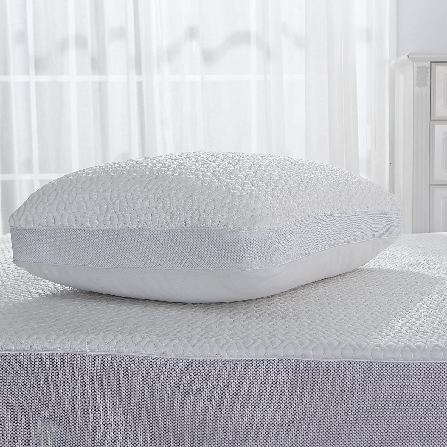 Levinsohn Cooling Mattress Pad Cover Soft and Comfortable Hypoallergenic with Mesh, King, White Levinsohn Textiles FRE161XXWHIT04