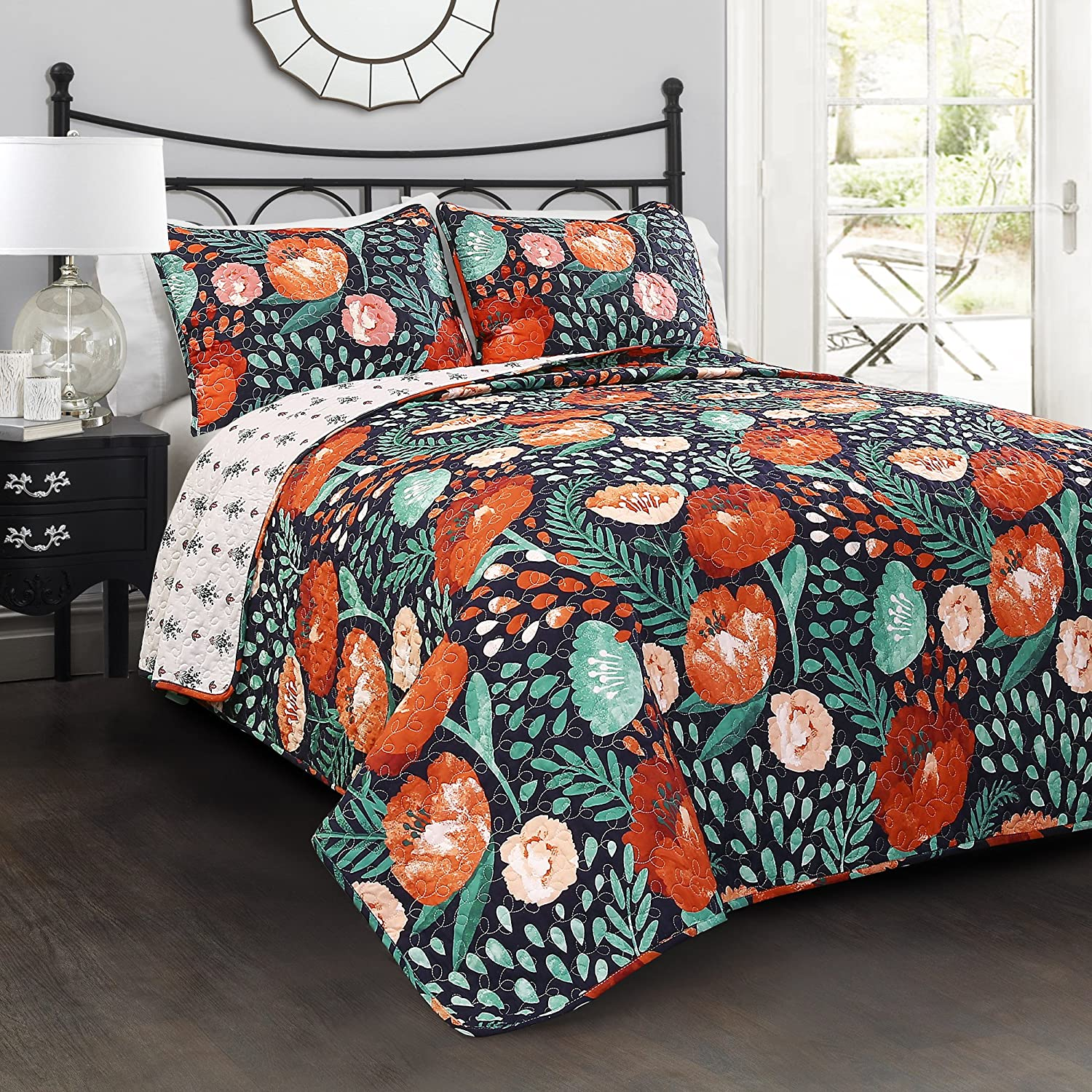 Lush Decor 3 Piece Poppy Garden Quilt Set, King, Navy