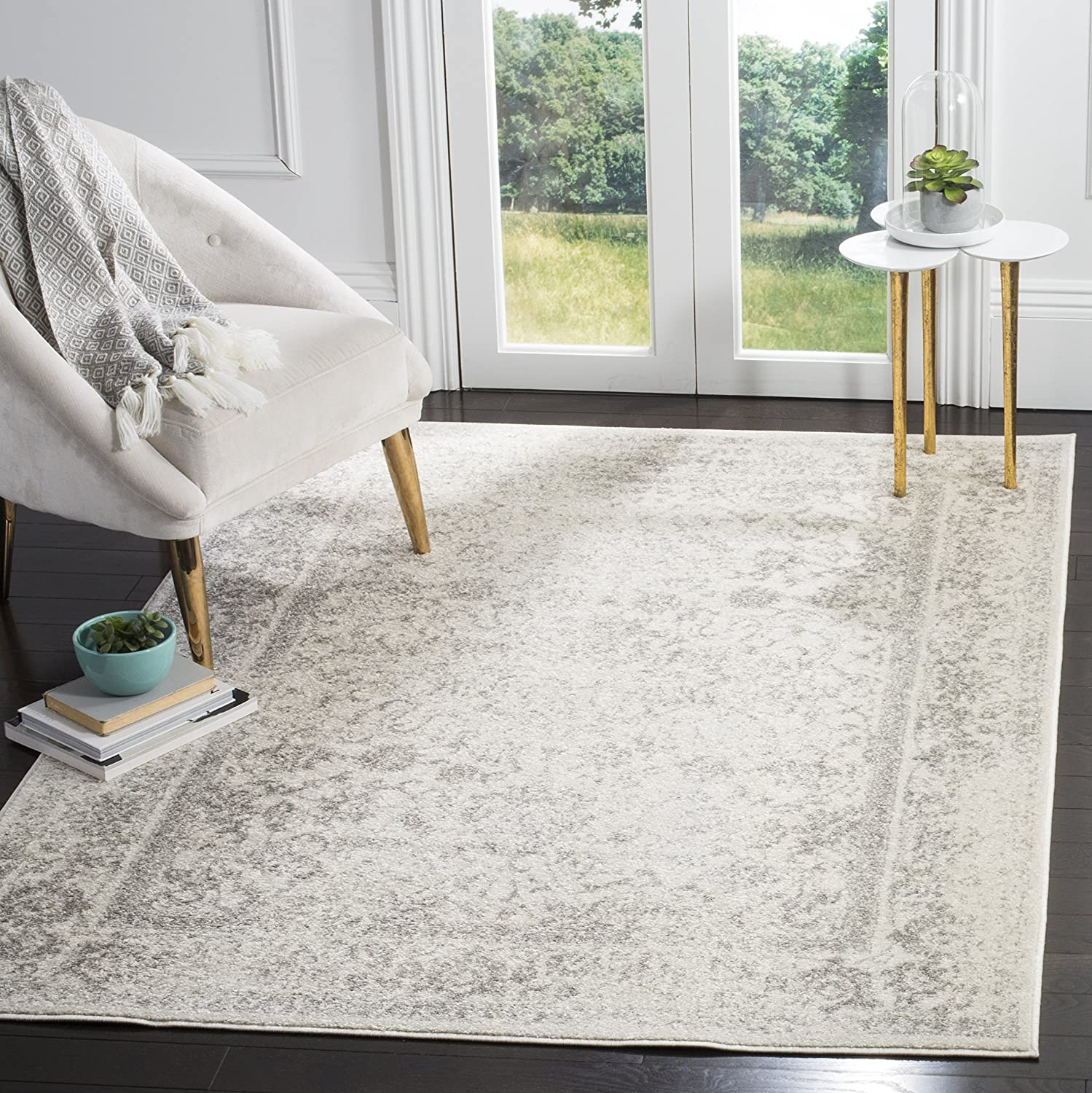 Safavieh Adirondack Collection ADRW109C Ivory and Silver Vintage Distressed Area Rug (10' x 14')