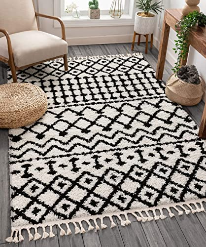 "Well Woven Belladonna White Moroccan Shag Diamond Trellis Pattern Area Rug 8x10 7'10"" x 9'10"""