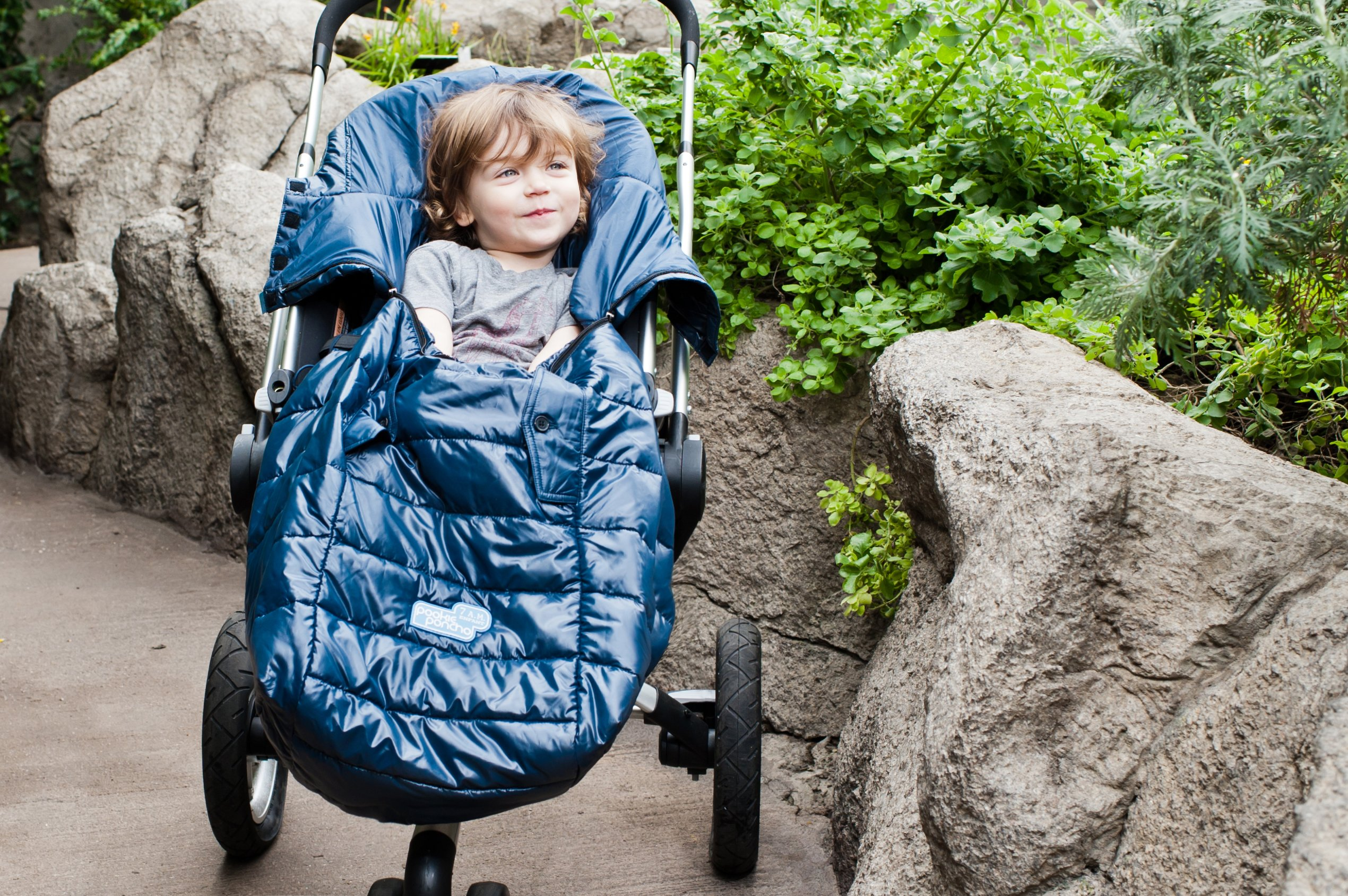 7 A.M. Enfant Pookie Poncho Light, 3 in 1 Baby Carrier
