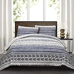 Lush Decor Hygge Geo 3 Piece Quilt Set 3, Full/Queen, Navy and White