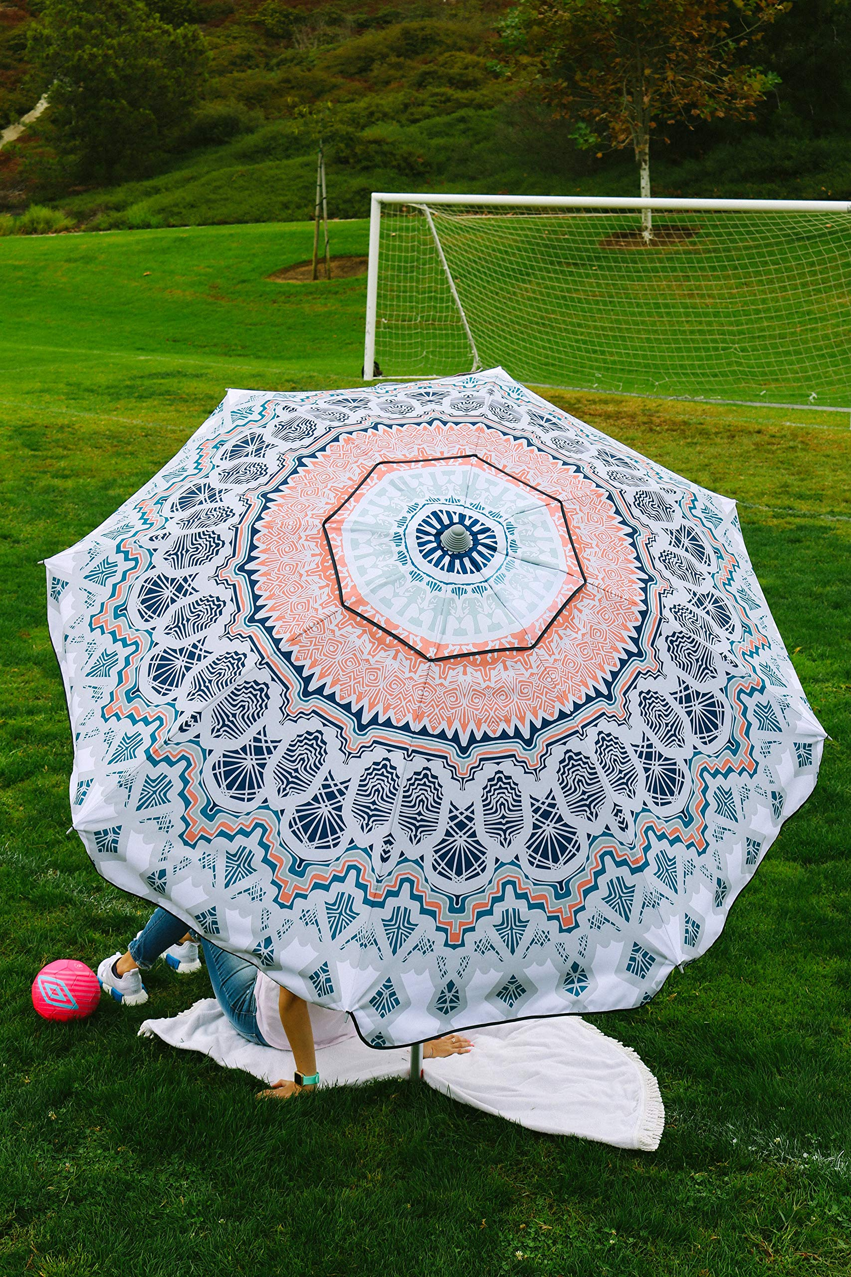 Beach and Grass Umbrella with Matching Travel Carrying Bag - Large 7 Feet 5 Inches Tilting Telescopic Aluminum Pole - Twist Sand/Grass Anchor - Wind Air Vent - Fiberglass Ribs (Paisley Wanderlust)