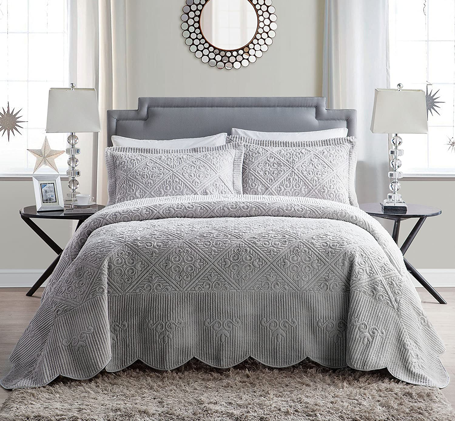 VCNY Home Westland Plush Quilted 3-Piece Bedspread Set, Queen, Grey