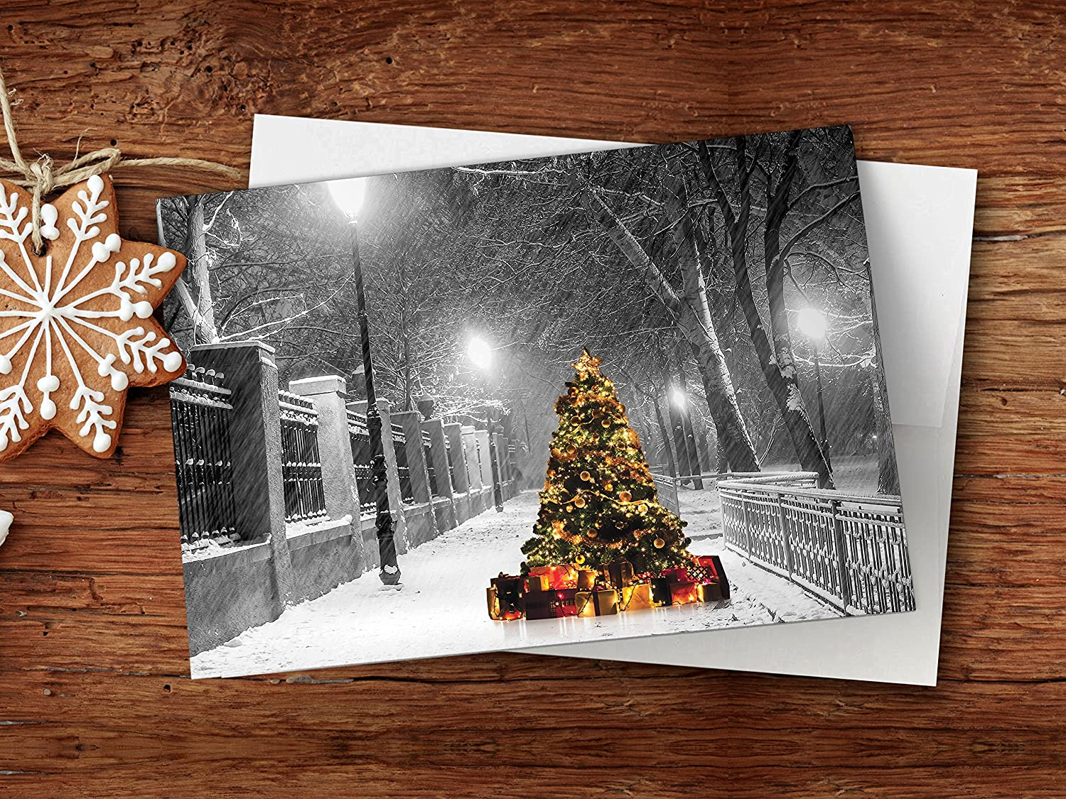 Set of 18 Cards /& Envelopes Lighted Tree in the Snow Seasons Greetings Cards. One Jade Lane Heavy Stock Christmas Cards 5x7 Holiday Cards
